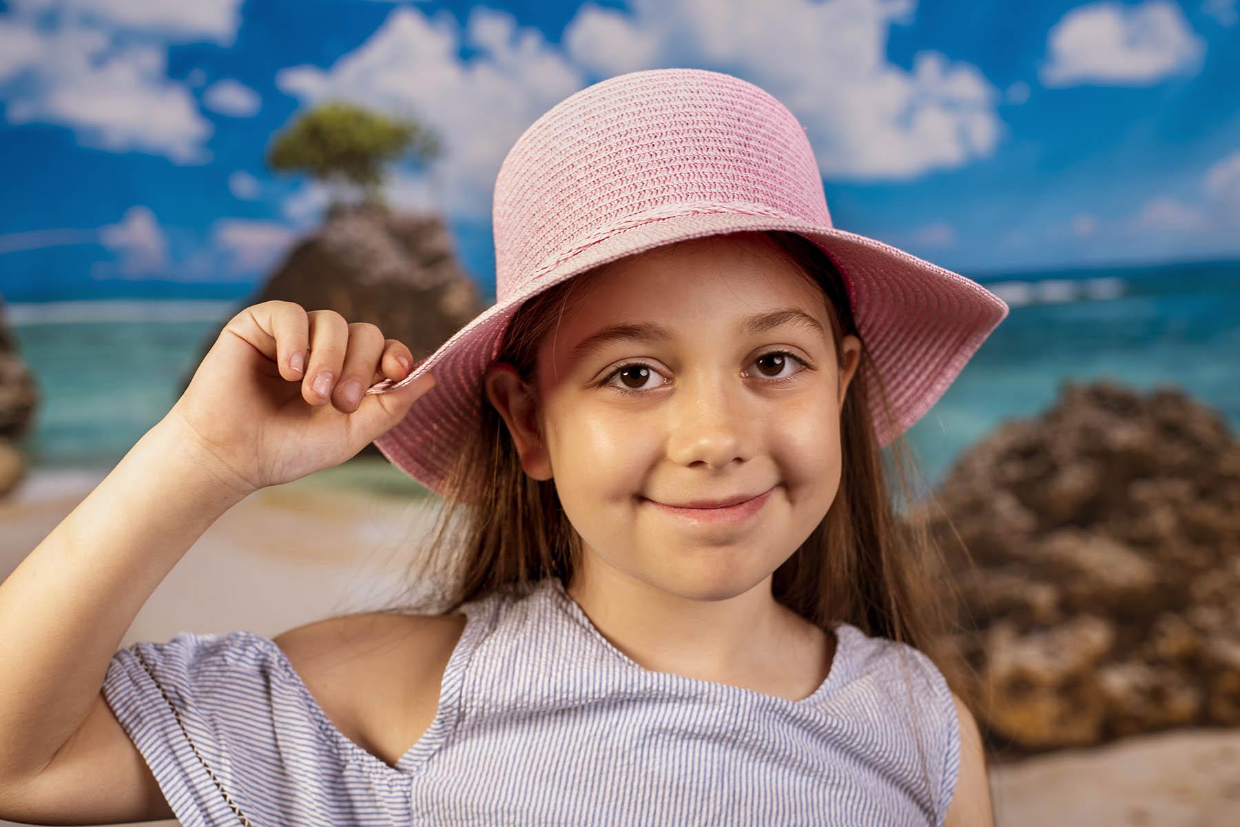 Класическа Светло Розова Детска Капела За Момичета