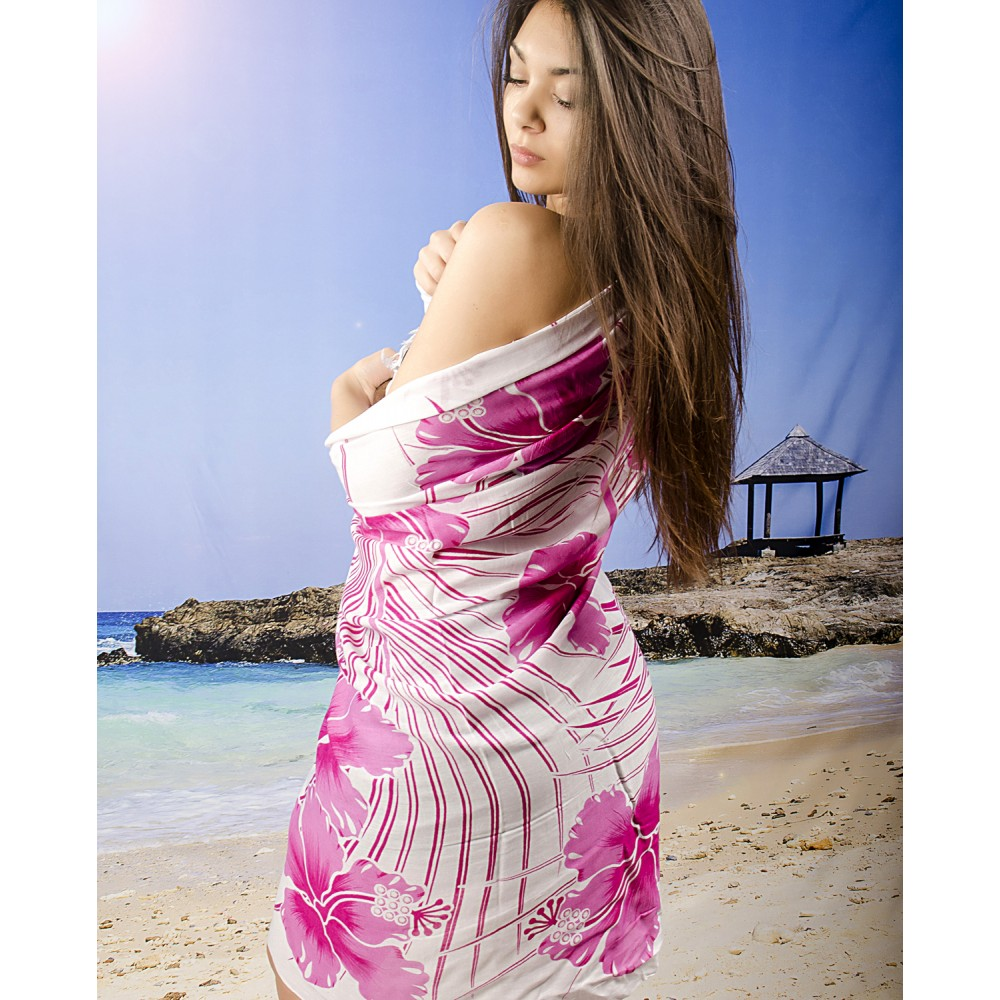 Плажно Парео в Розово и Бяло на Цветя