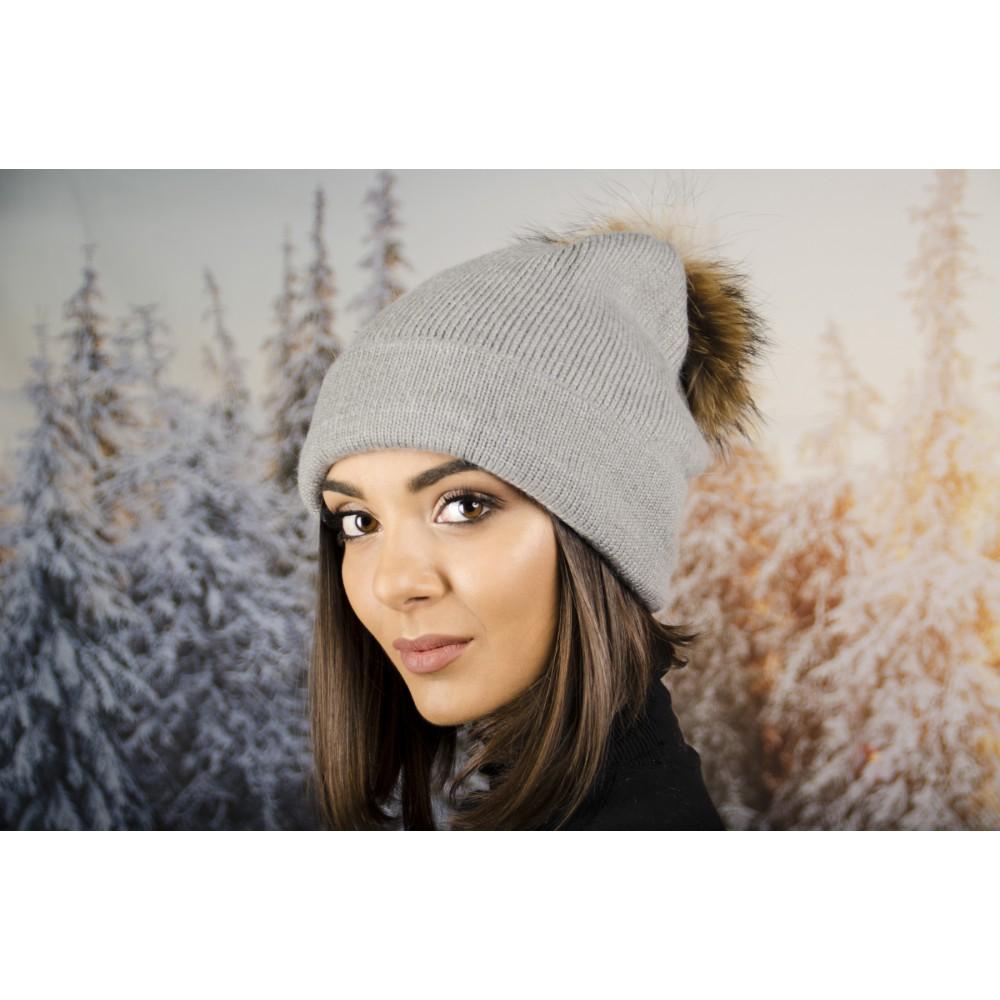 Дамска Зимна Шапка Помпон от Енот Сива