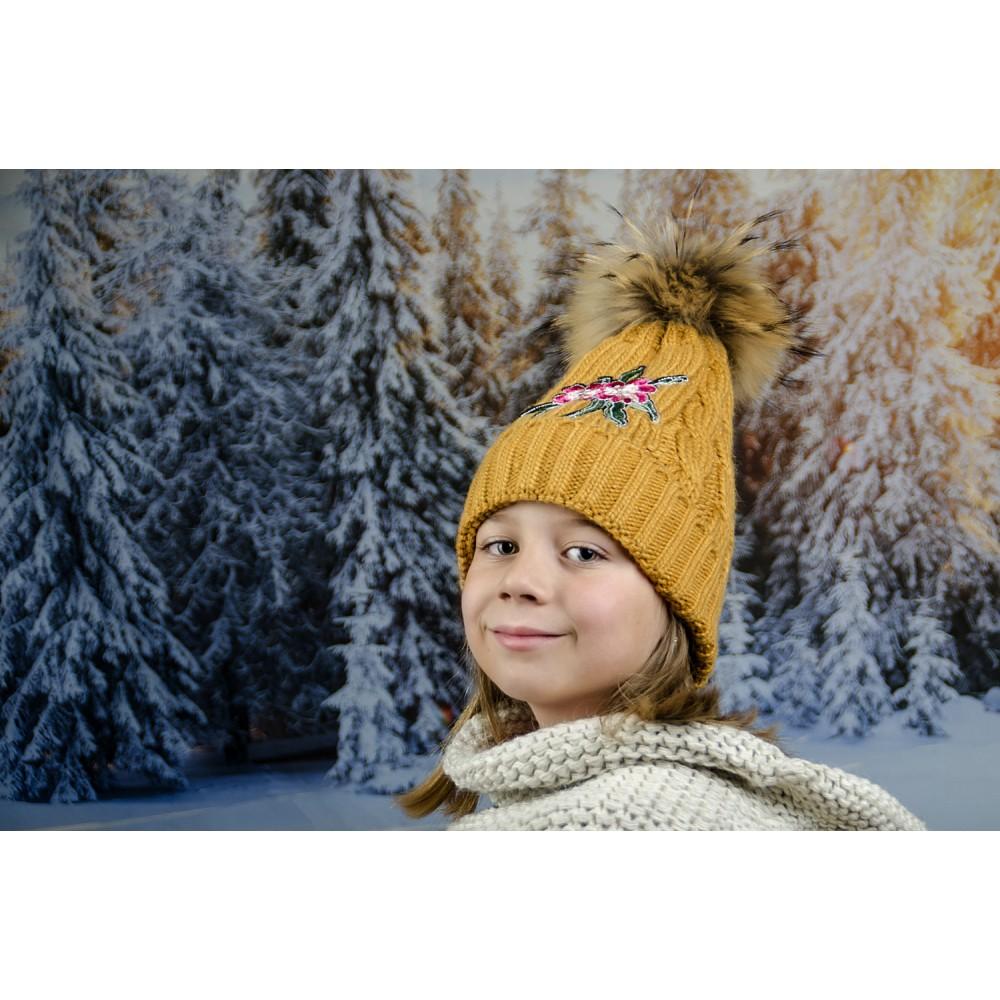 Детска Зимна Шапка с Цвете за Момичета в Жълто