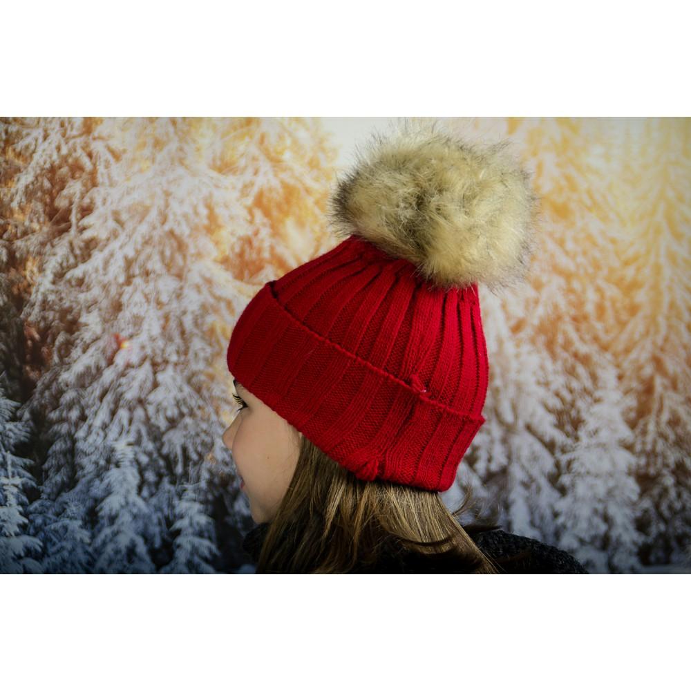 Червена Зимна Плетена Шапка за Момичета