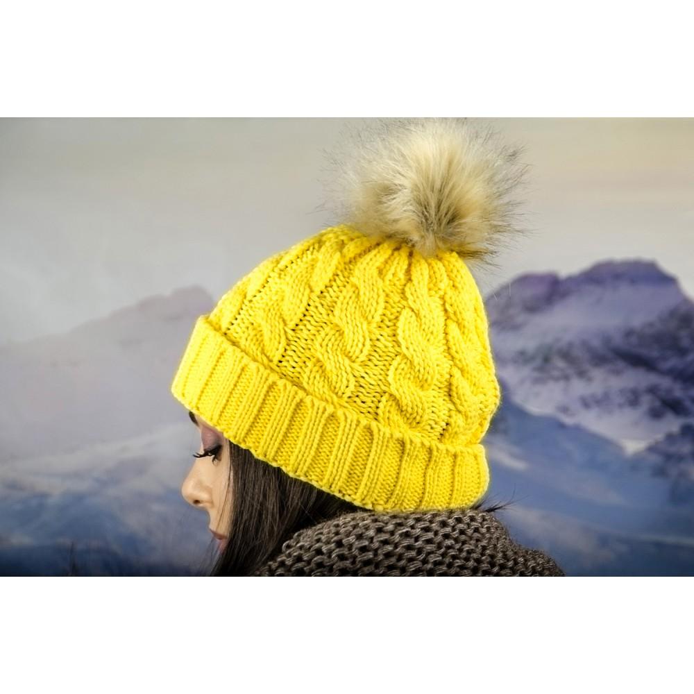 Дамска Зимна Шапка Жълта