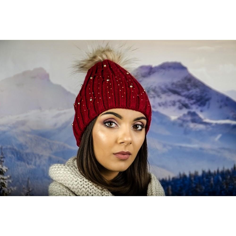 Дамска Зимна Плетена Шапка Еко Помпон в Бордо