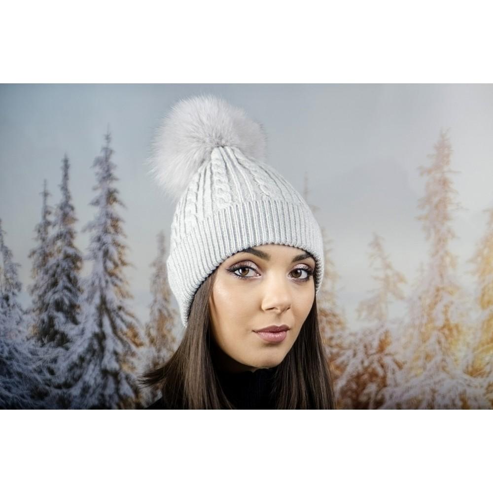 Зимна Дамска Шапка Ангора с Пух в Светло Сиво