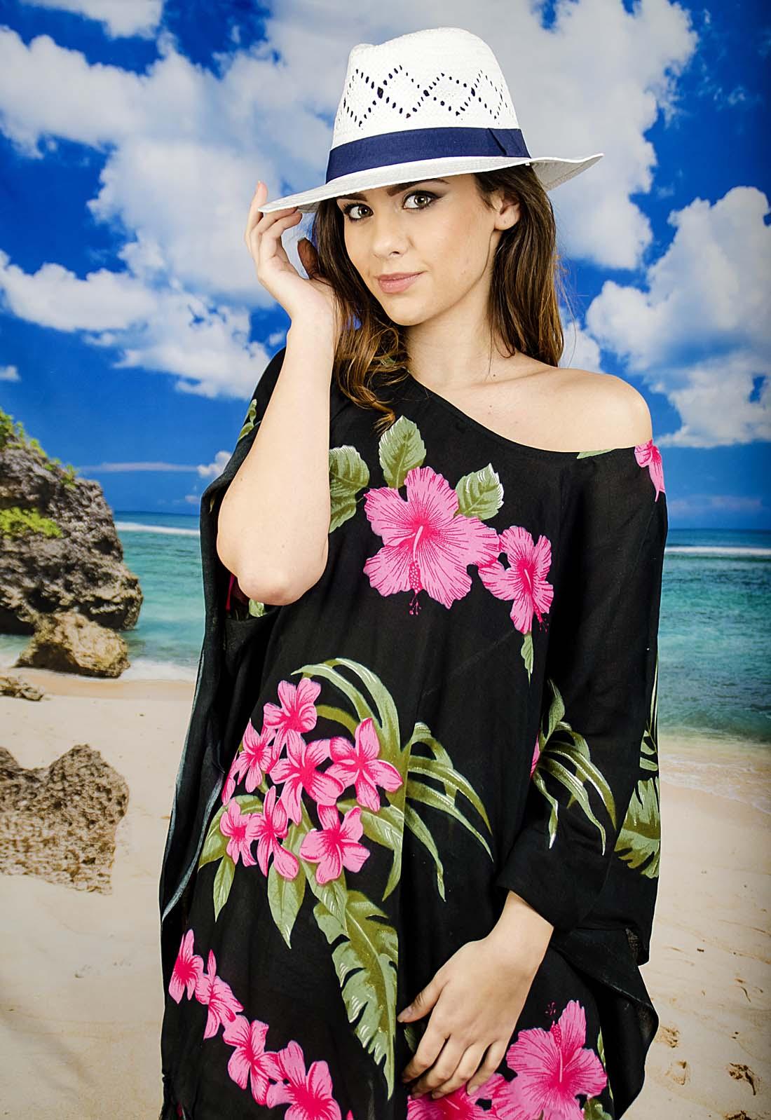 Плажна Туника в Черно и Розово на Цветя