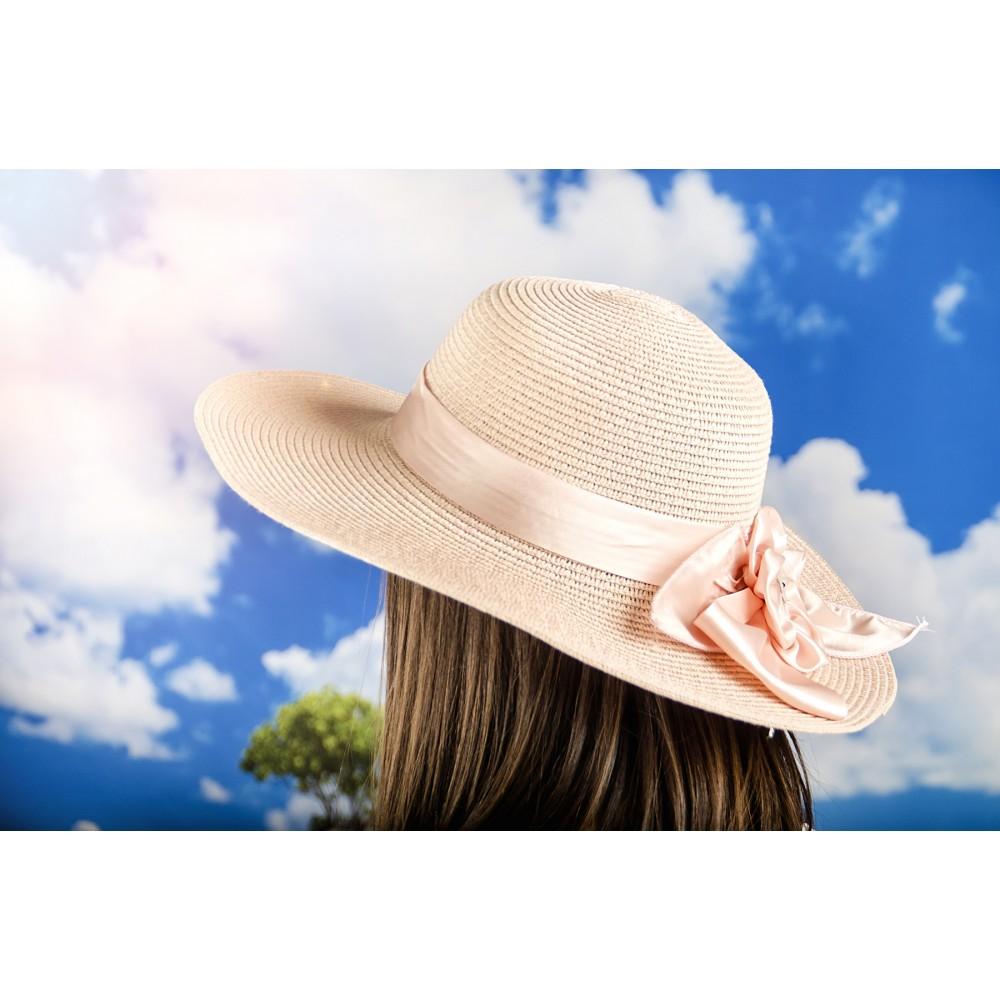 Дамска Капела с Панделка Цвете в Цвят Праскова