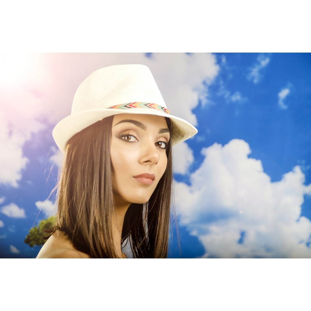 Дамско Бомбе в Неутрален Цвят с Шарена Лента