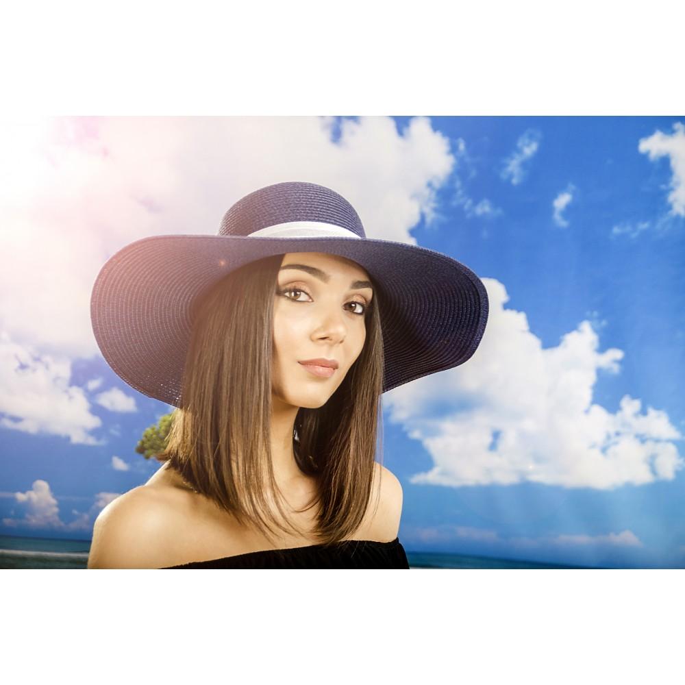 Дамска Лятна Шапка в Синьо с Бяло Цвете