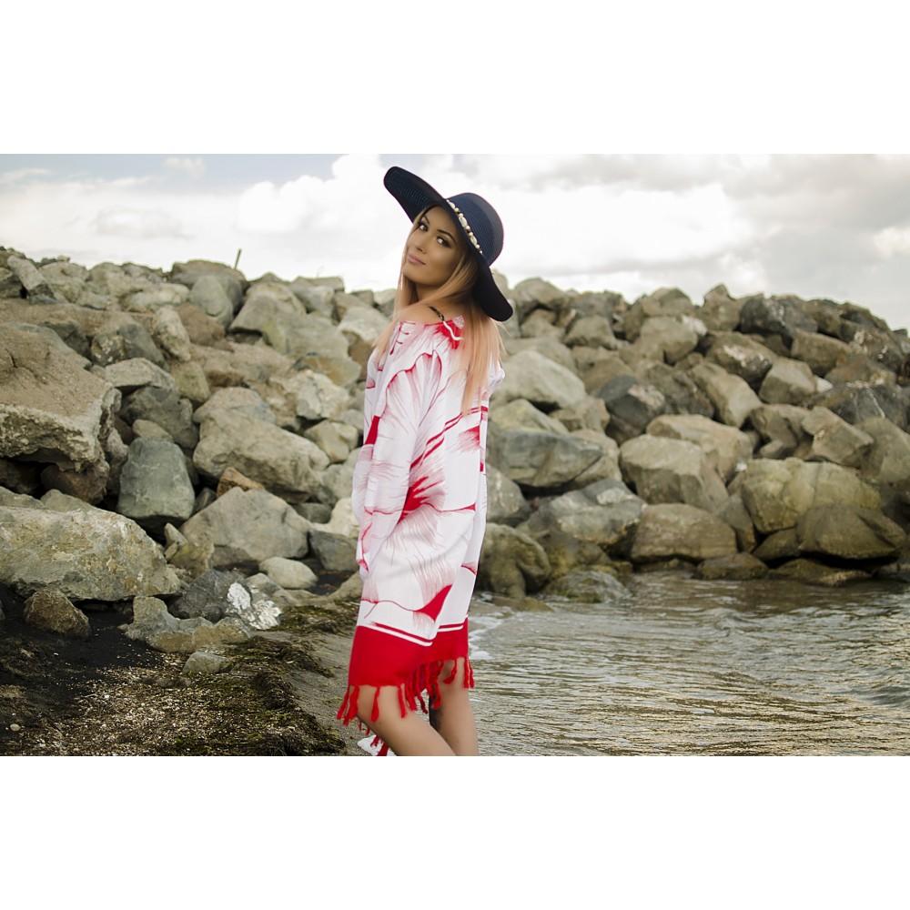 Плажна Туника в Бяло и Червено на Цветя