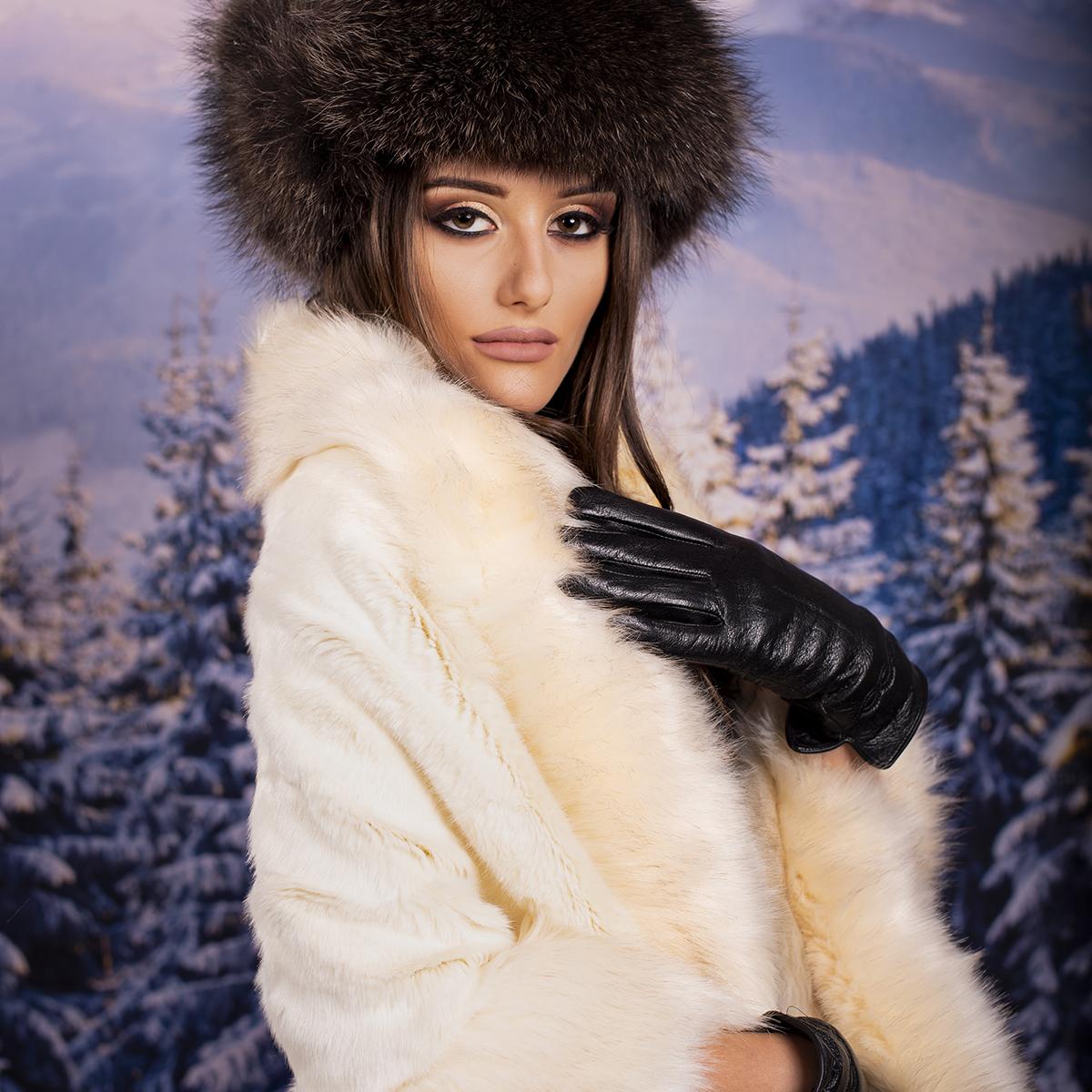 Дамска Зимна Пелерина в Екрю