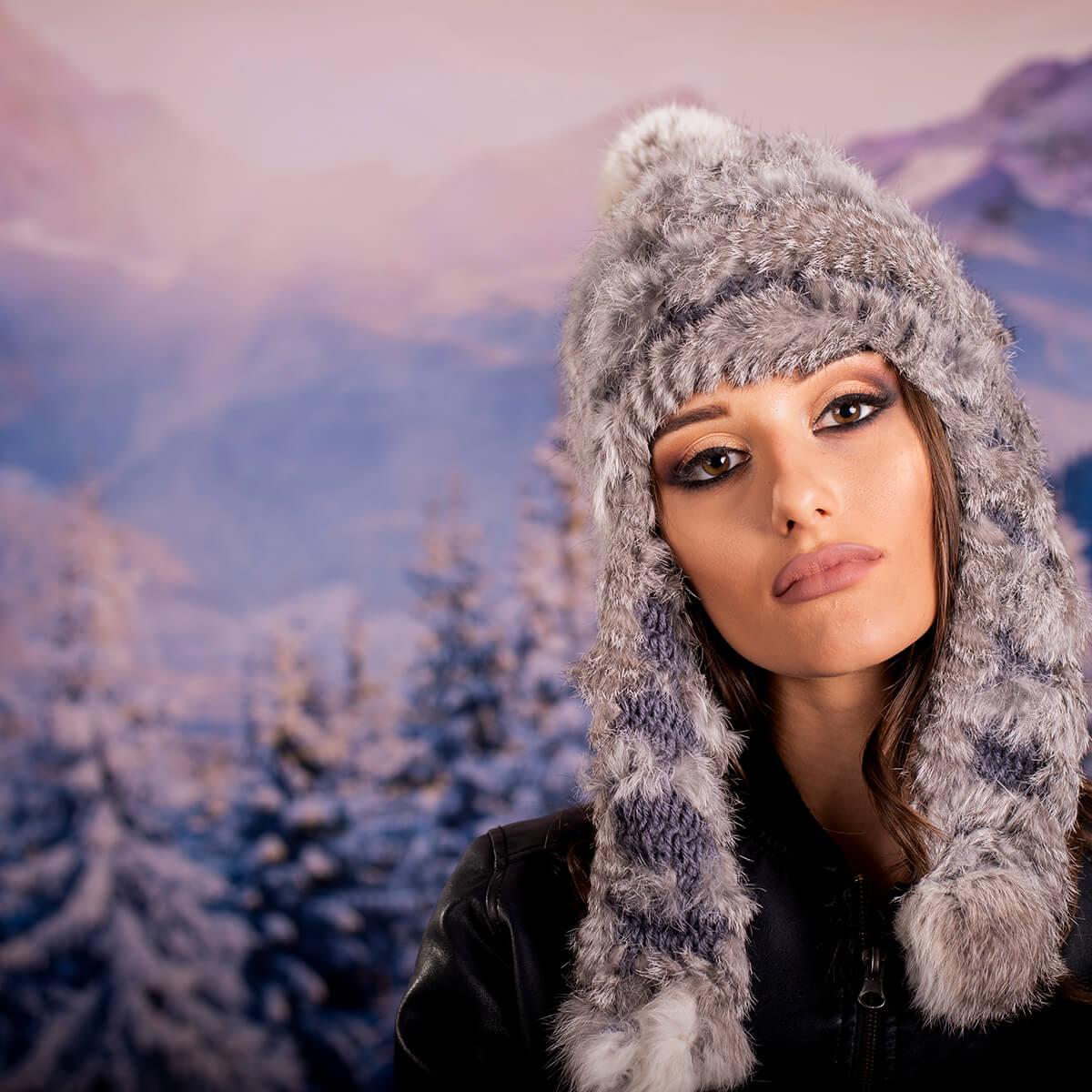Дамска Зимна шапка Плетиво и Заек