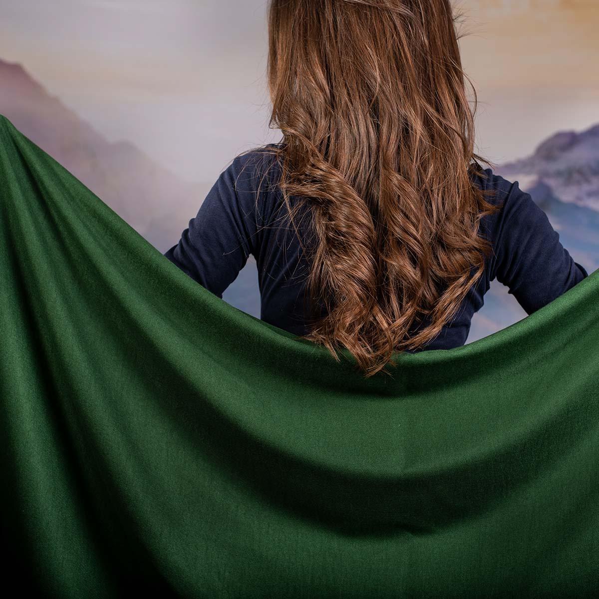 Дамски Едноцветен Шал в Зелено