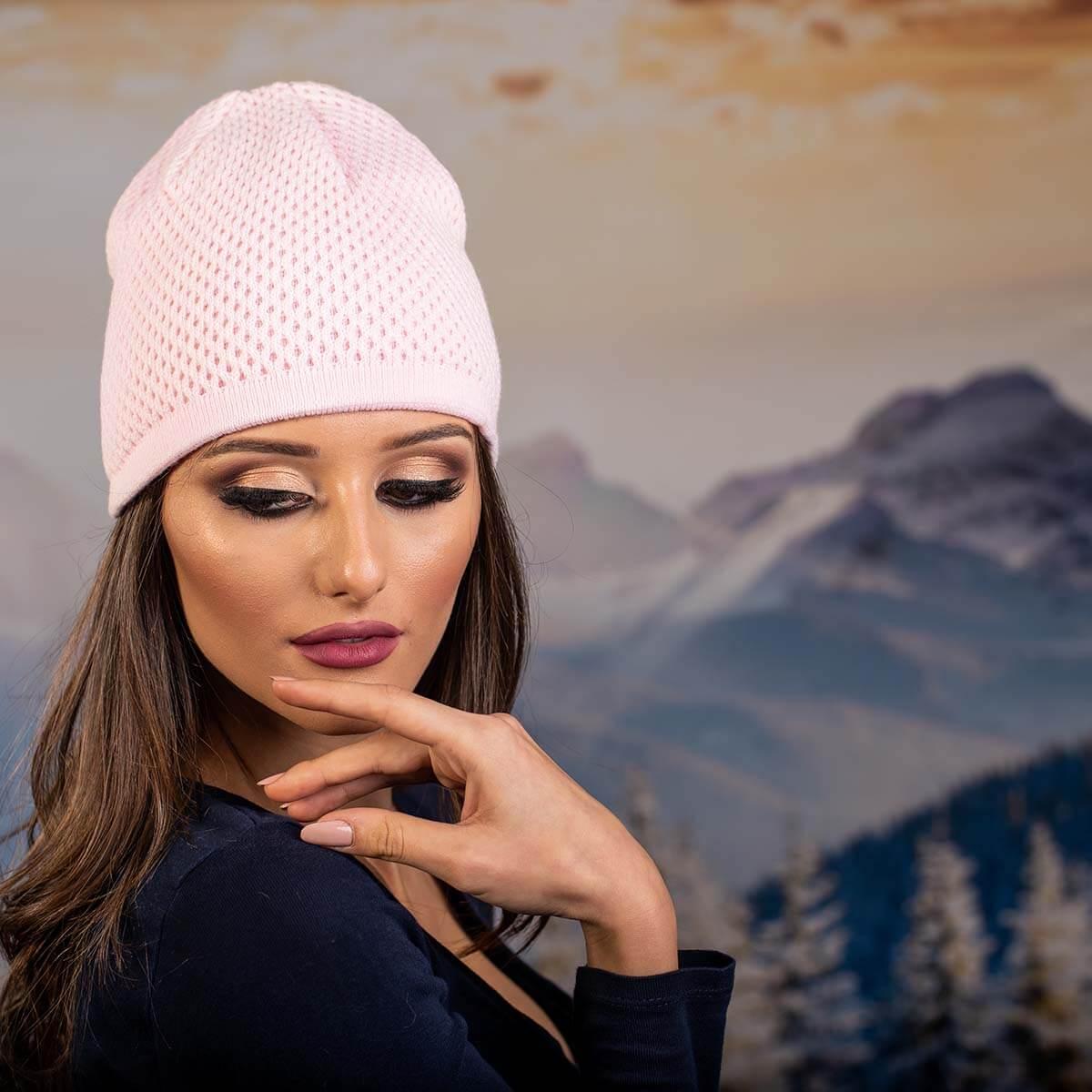 Бледо Розова Дамска шапка