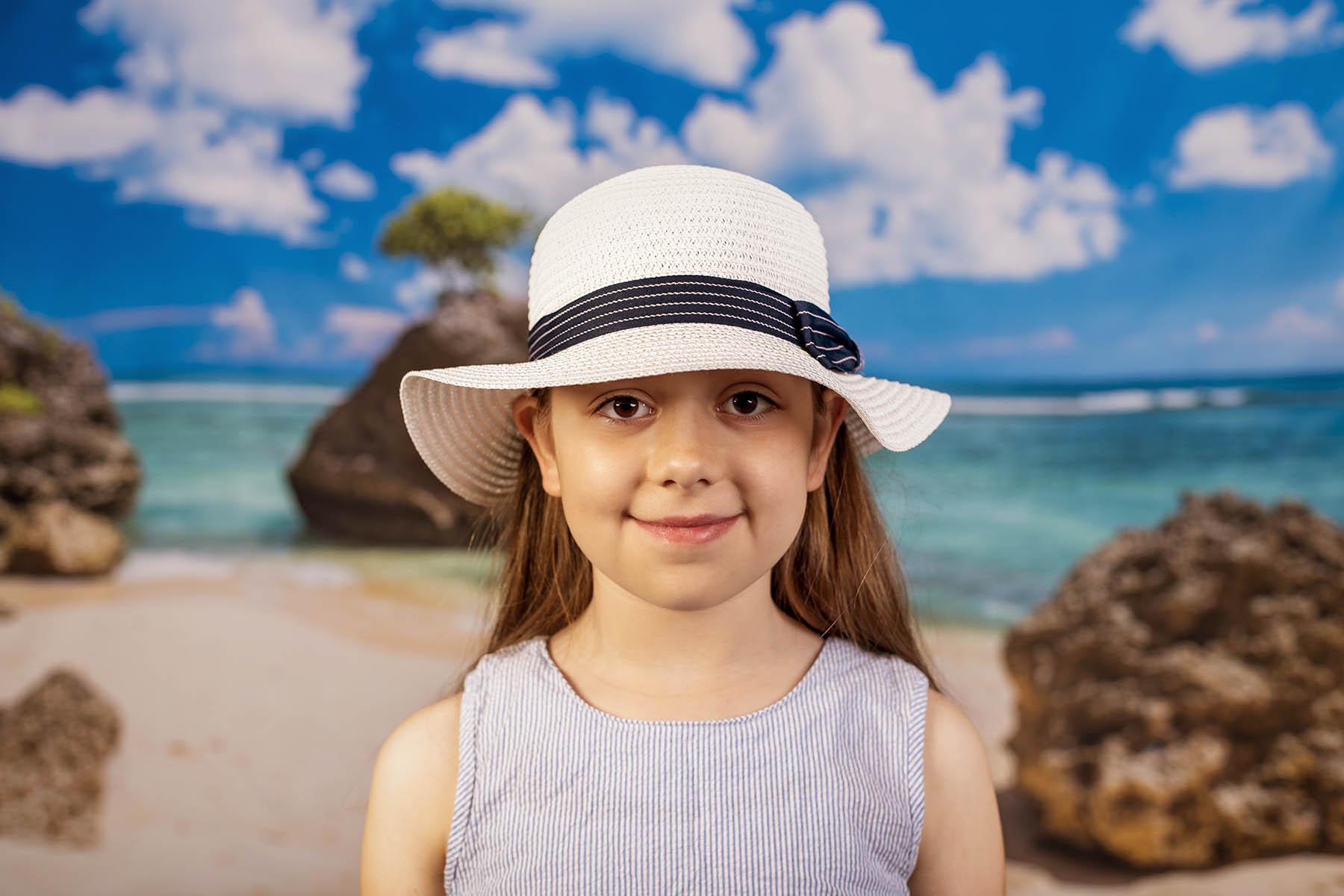 Бяла Детска Капела със Синя Пандела