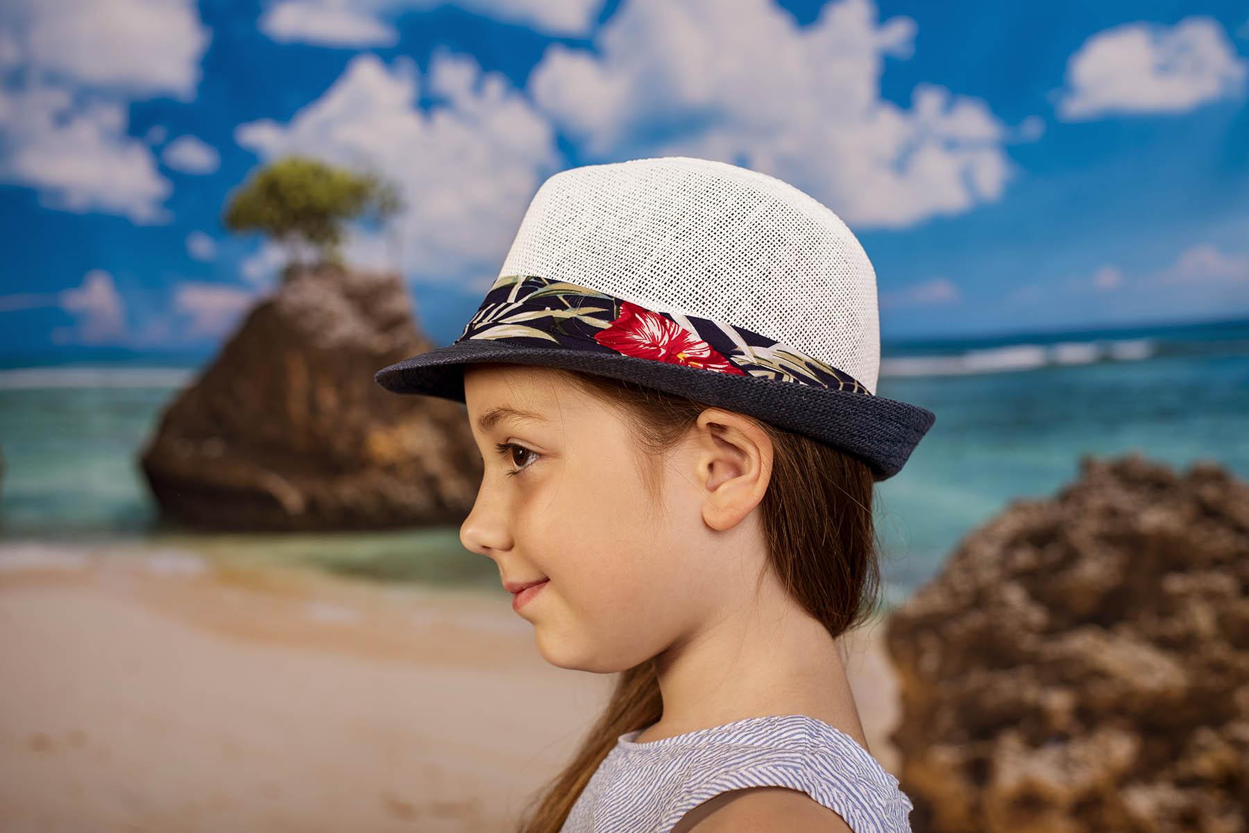 Детско Бомбе в Бяло и синьо с цветна лента