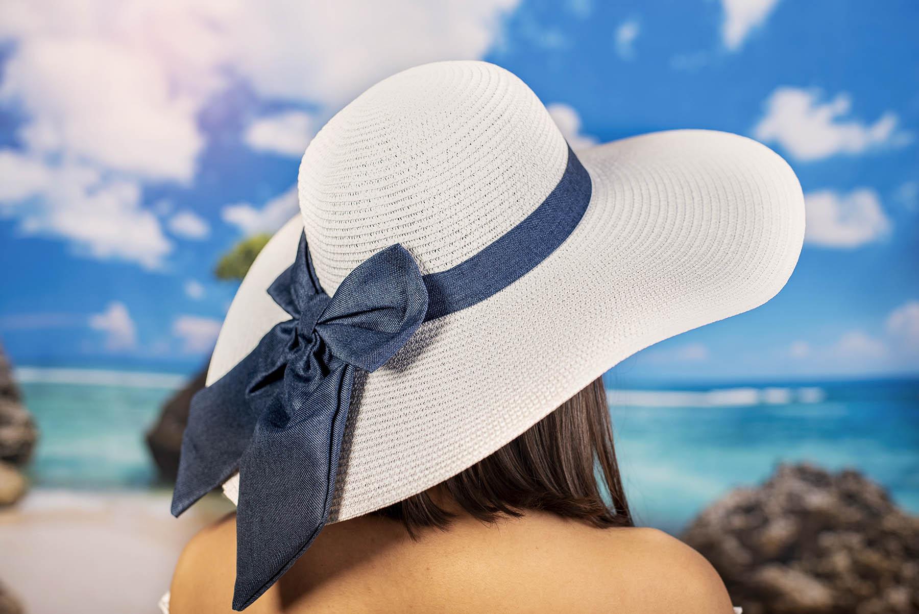 Бяла Дамска Капела със Синя Пандела