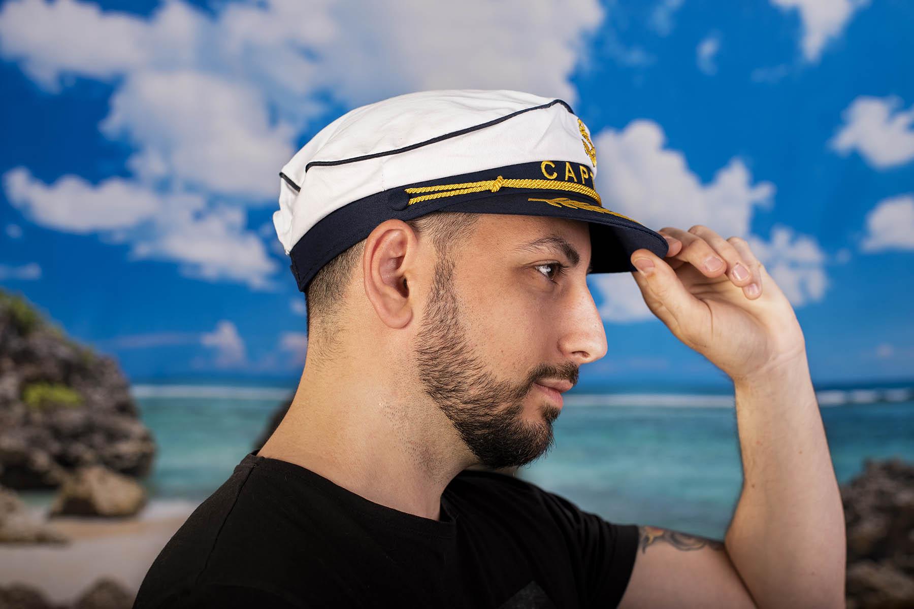 Мъжка Моряшка Шапка с надпис CAPTAIN