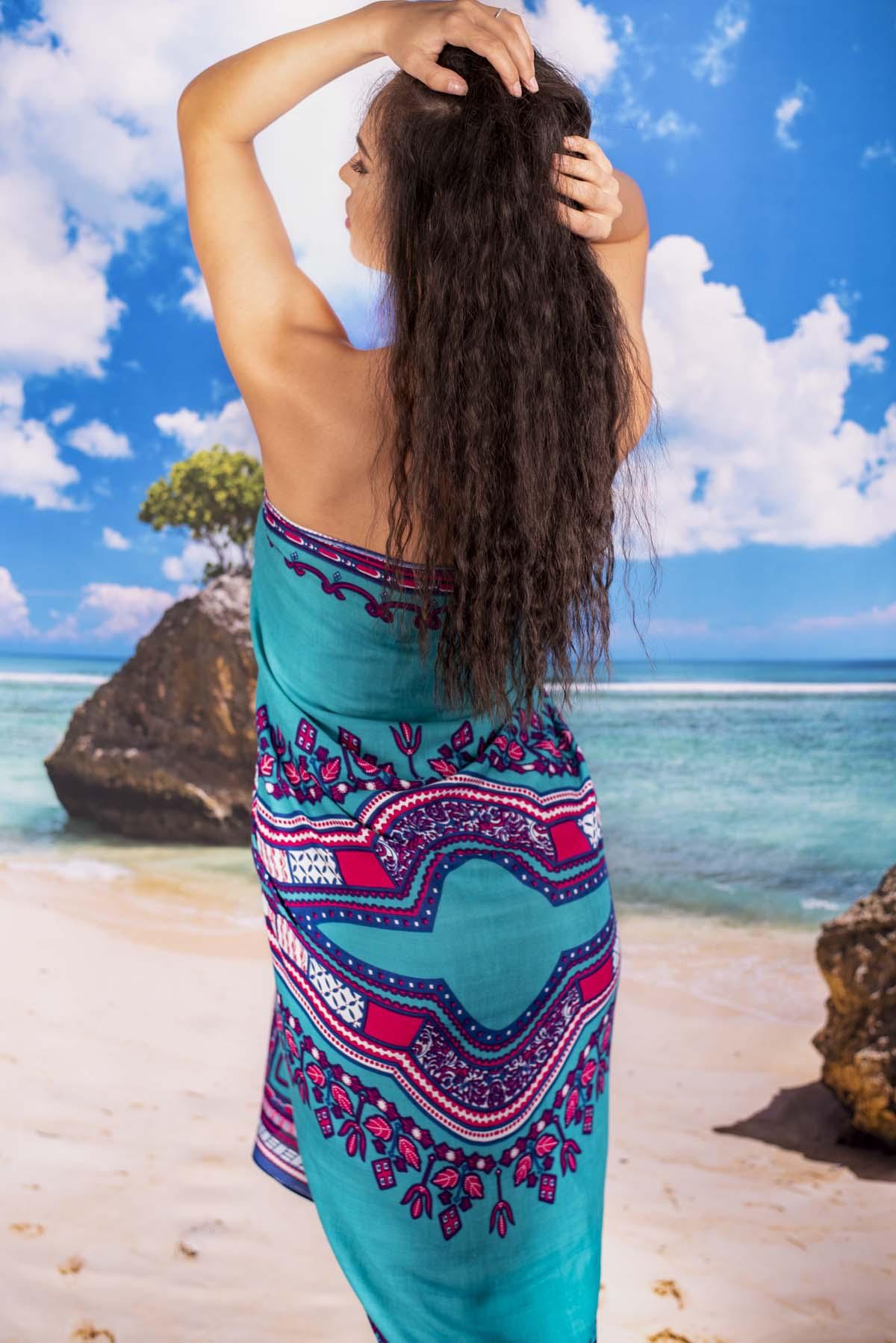 Плажен Шал в Синьо Зелено с Орнаменти