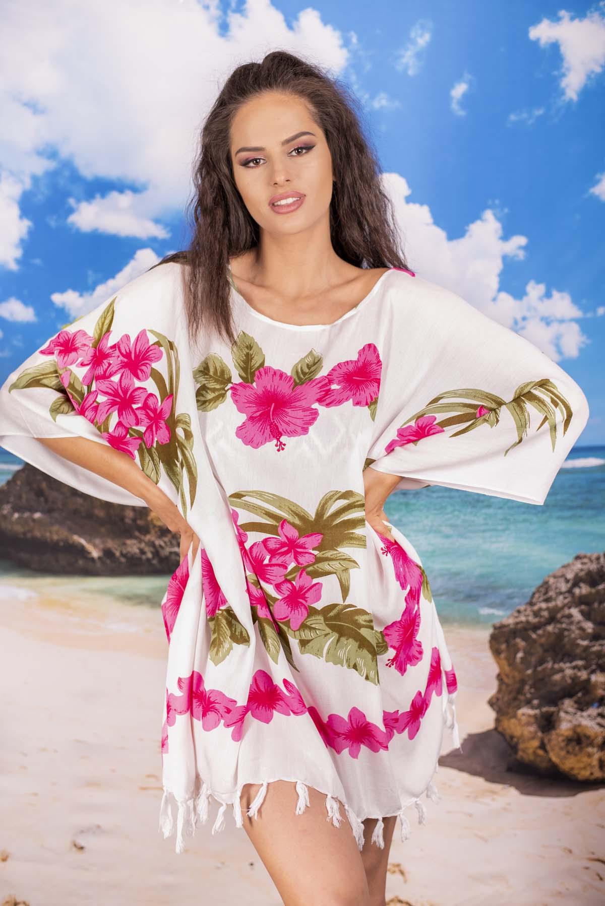 Плажна Туника в Бяло с Цветя в Циклама