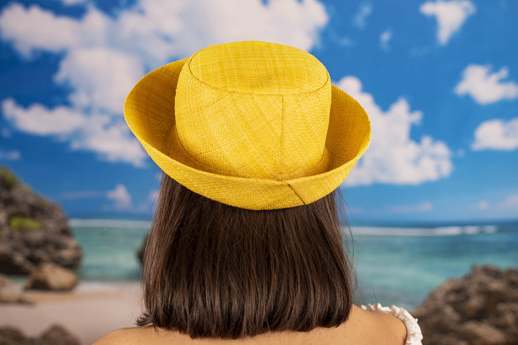 Жълта Екстравагантна Капела