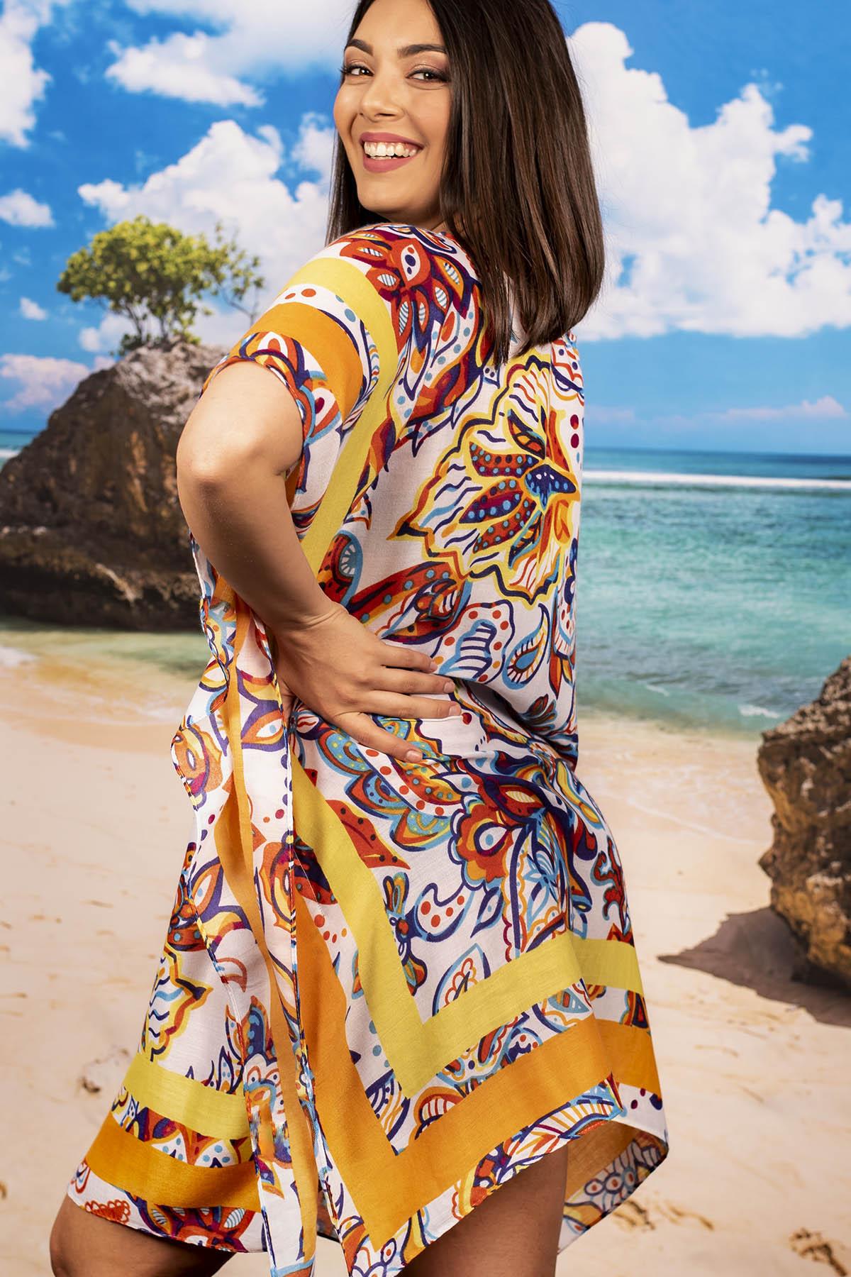 Плажна Туника в Свежи Цветове