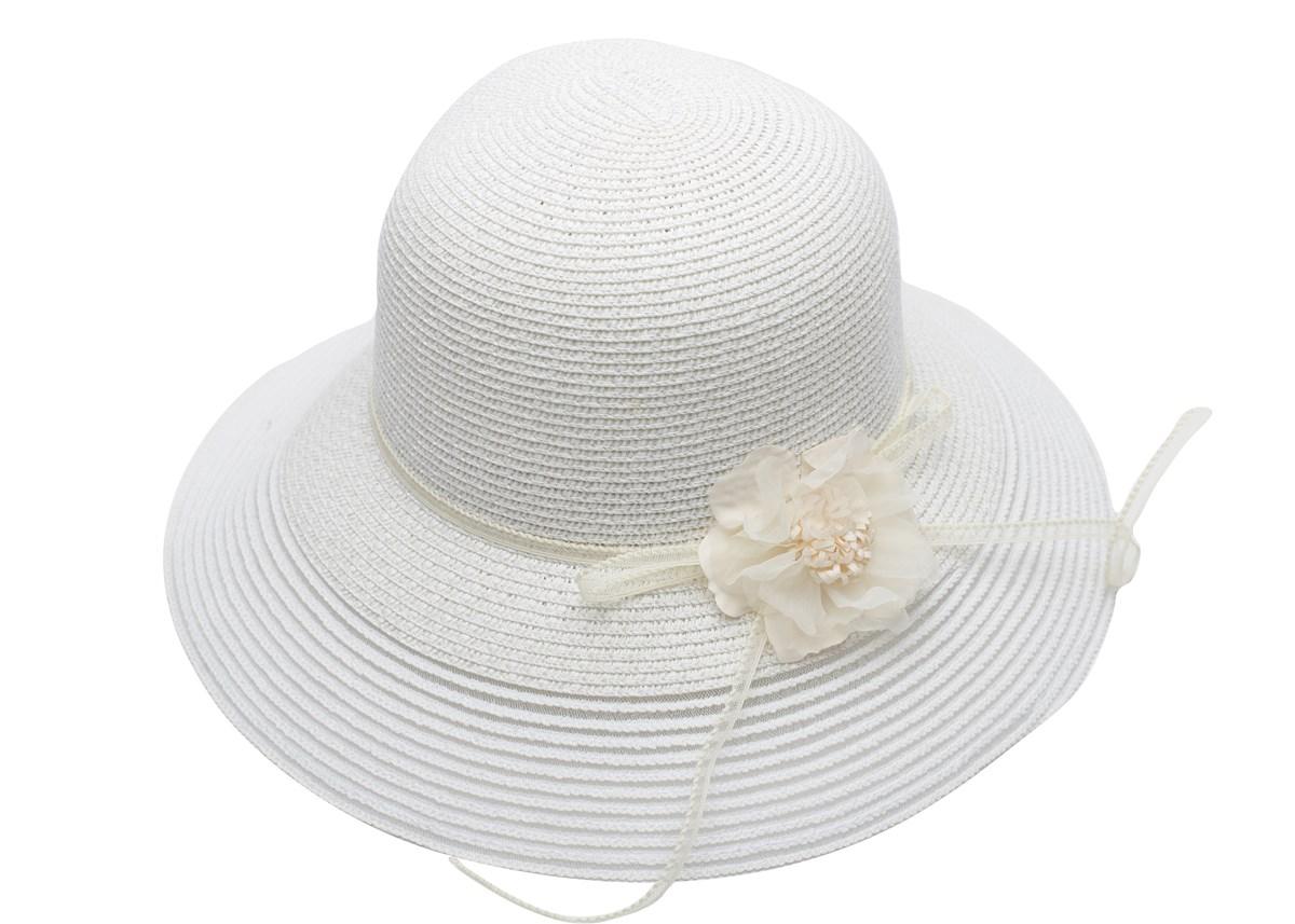 Бяла Дамска Капела с Цвете в Крем цвят