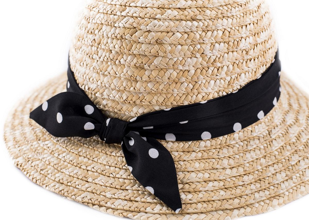 Дамска Сламена Капела с черна лента на бели точки