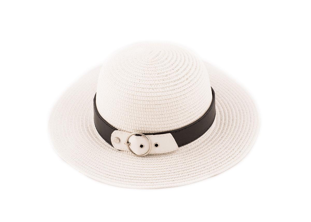 Бяла Капела с кожено коланче