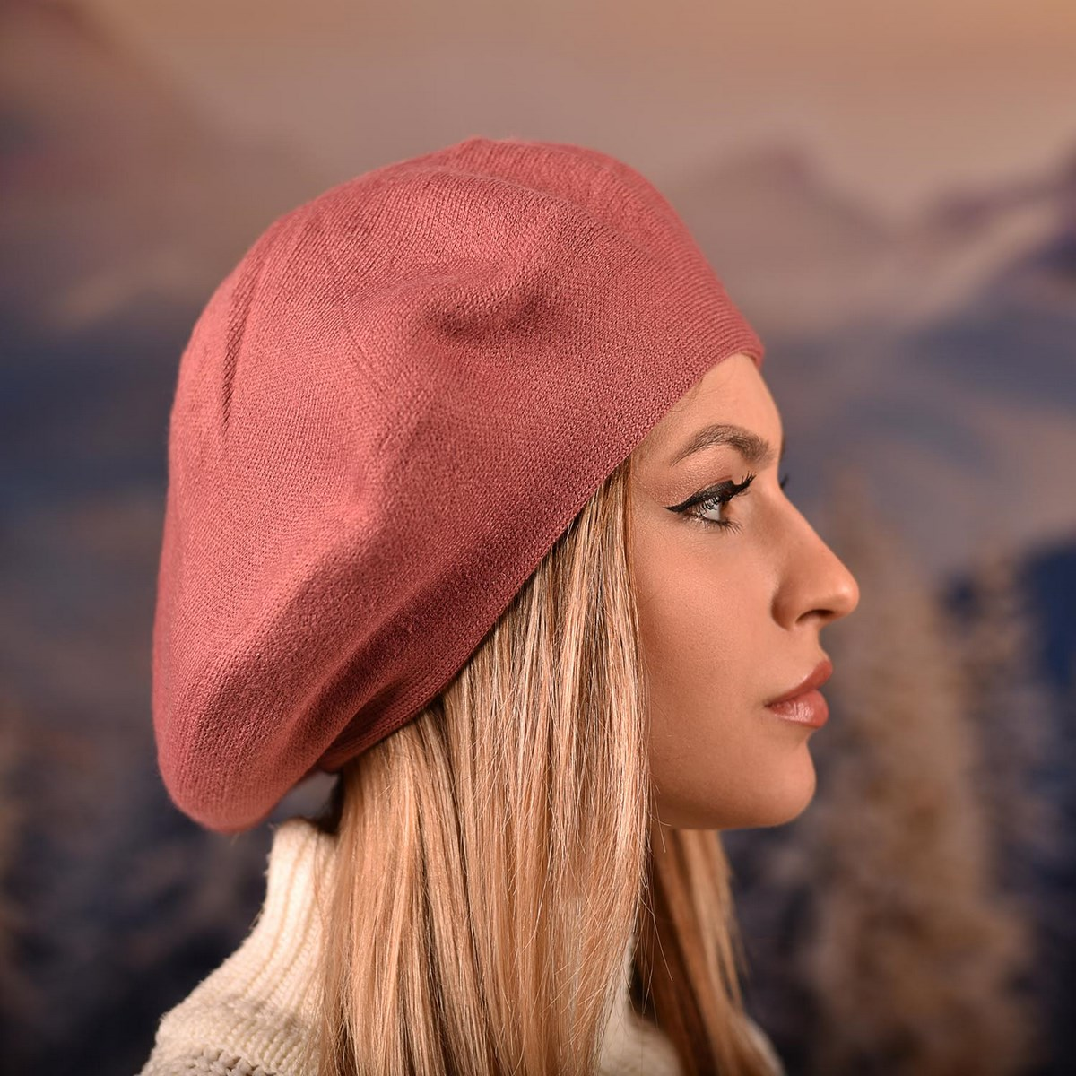 Розова Дамска Зимна Барета