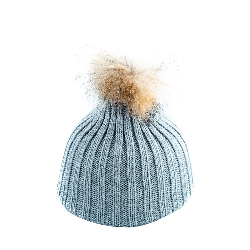 Дамска Зимна сива шапка с естествен помпон