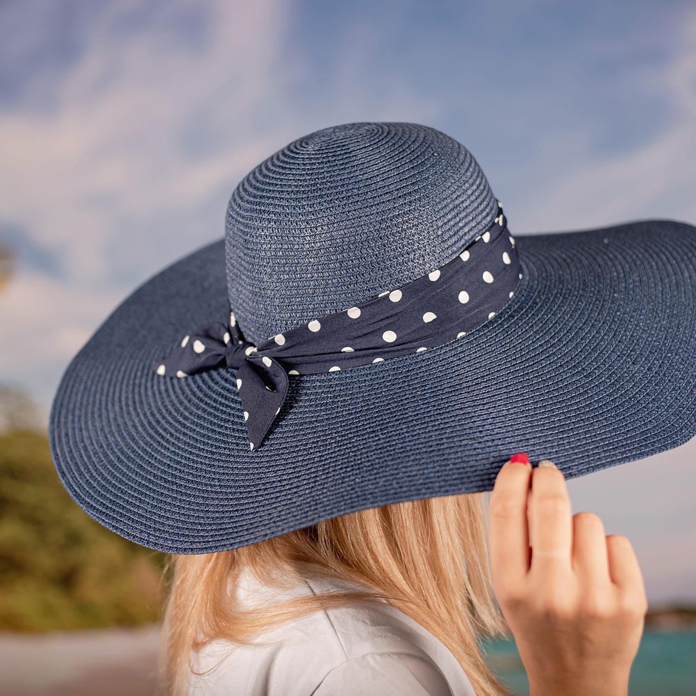 Дамска Лятна Синя Капела със Синя лента на точки