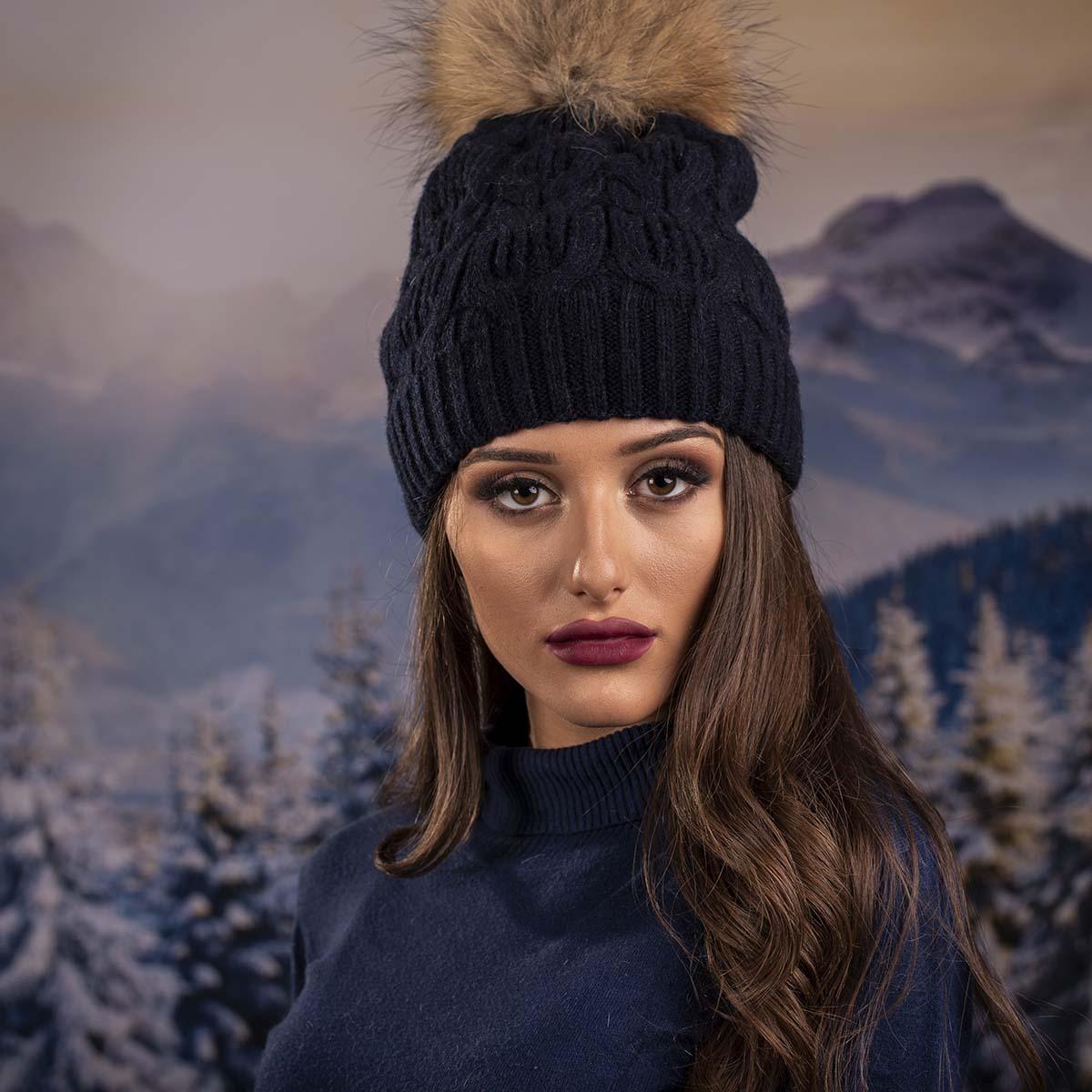 Тъмно Синя Дамска Зимна Шапка Естествен Пух