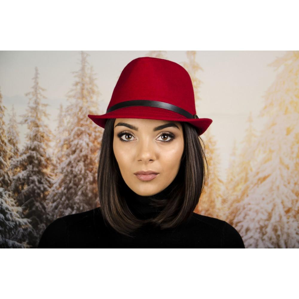 Зимно Дамско Бомбе в Червено