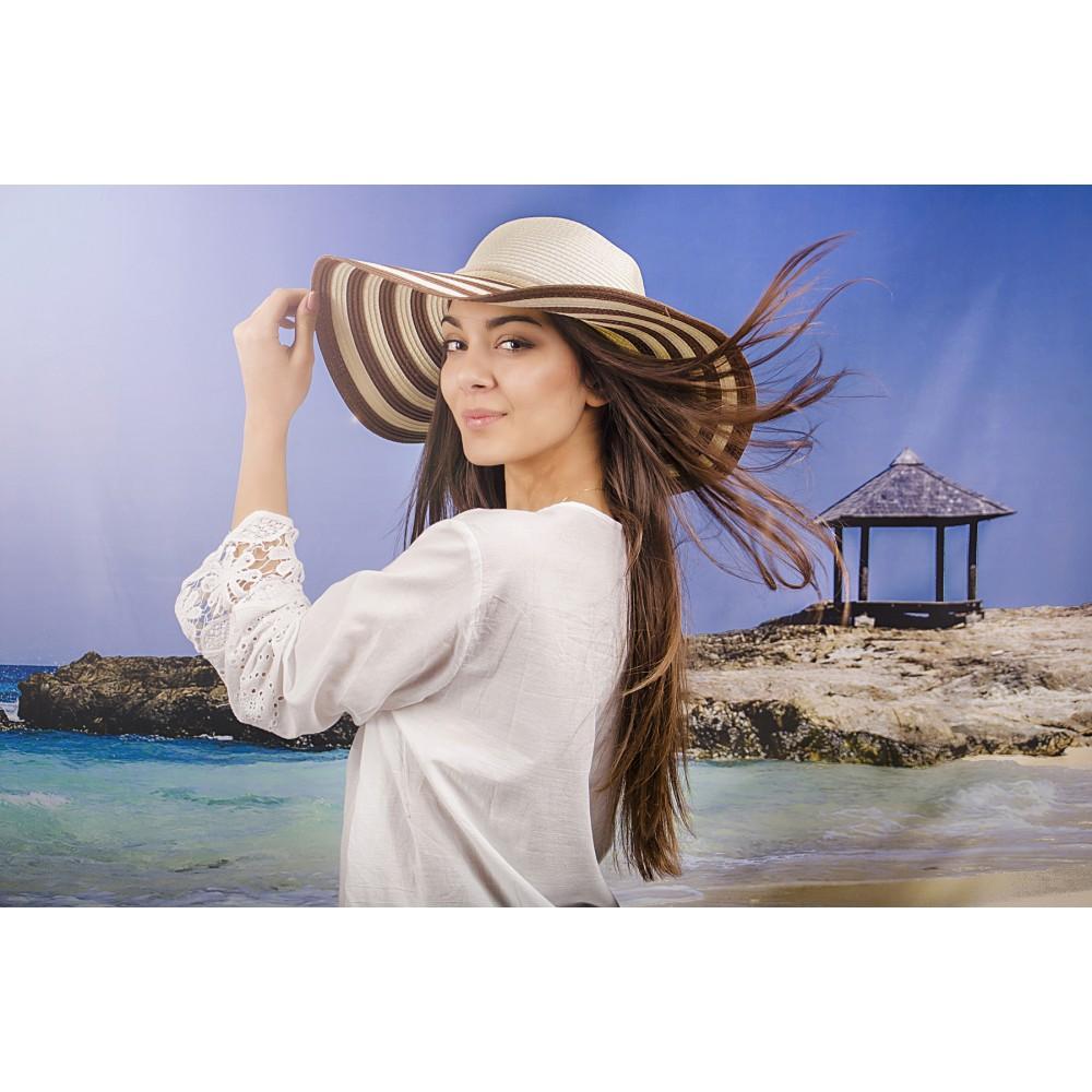 Дамска Лятна Капела в Бяло и Кафяво Райе