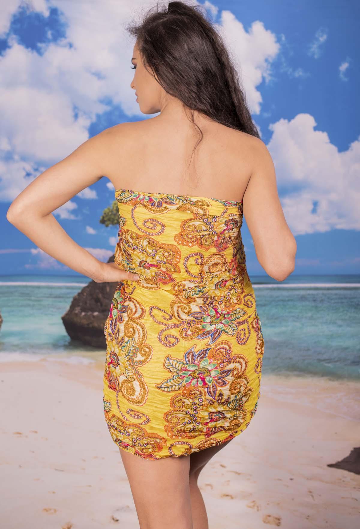 Ефирен Плажен Шал в Оранжево на Цветя