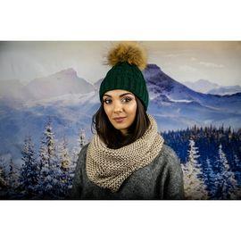 Носенето на шал - история за удобство и стил
