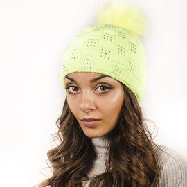 Плетена Дамска Зимна Шапка Светло Зелена с Камъчета