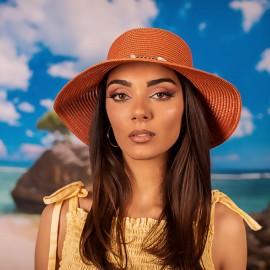 Розова Дамска Плетена Шапка