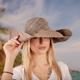 Капела от Рафия Натурално и Черно на райе