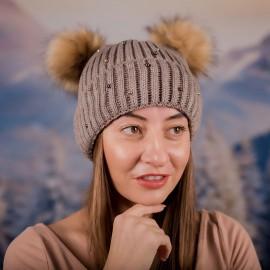 Дамска Зимна Кафява шапка с перлички и два помпона