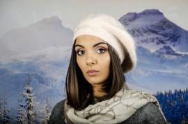 Дамска Зимна Барета Ангора Бледо Розова