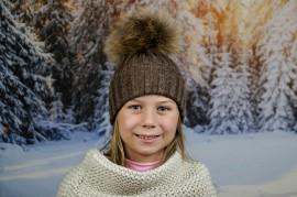 Детска Зимна Шапка за Момичета в Кафяво