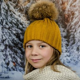 Детска Зимна Шапка за Момичета в цвят Горчица
