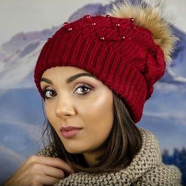 Дамска Зимна Шапка с Перлички и Естествен Пух