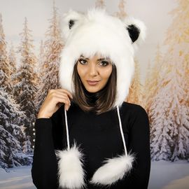 Зимна Шапка Анимал с Ушички Бяла
