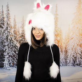 Бяла Зимна Шапка Анимал с Ушички
