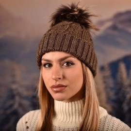 Дамска зимна плетена шапка Тъмно кафява